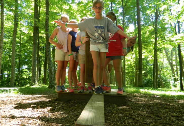 Islands Low Ropes Girls